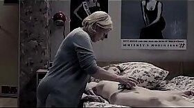 Anna Tiel Rey shows her bihaired body